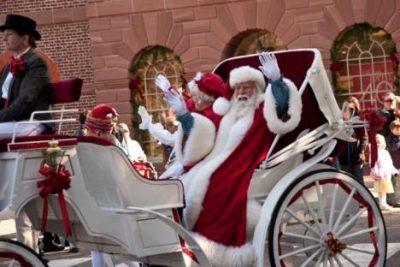 santa-williamsburg-parade