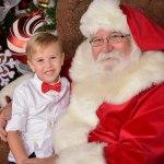 Santa's hours at Yankee Candle Williamsburg - Holiday Season 2018