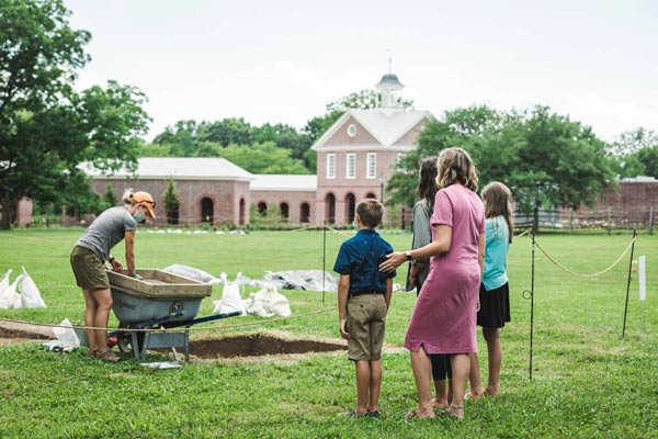 custis-square-archaeology colonial williamsburg