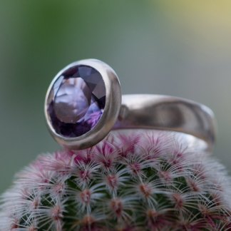 Large purple amethyst solitaire ring in silver