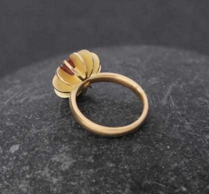 Sunstone sea urchin 18K Y Gold ring 4