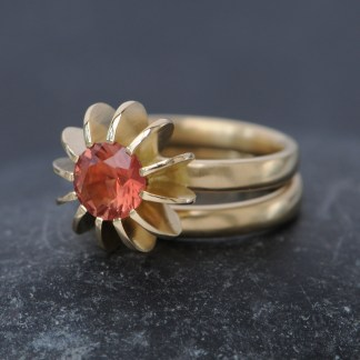 Sunstone sea urchin ring in 18K y gold 1