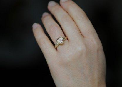 sunstone trillion ring in 18K gold