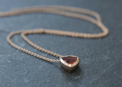 Oregon sunstone trillion necklace in 18K yellow gold