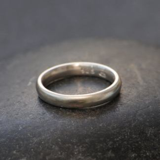 plain silver wedding band 3mm