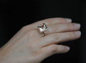 morganite princess cut 12mm in 18K rose gold on hand