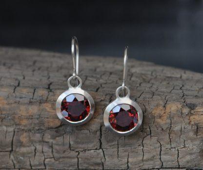 red garnet 8mm drop earrings 18K white gold