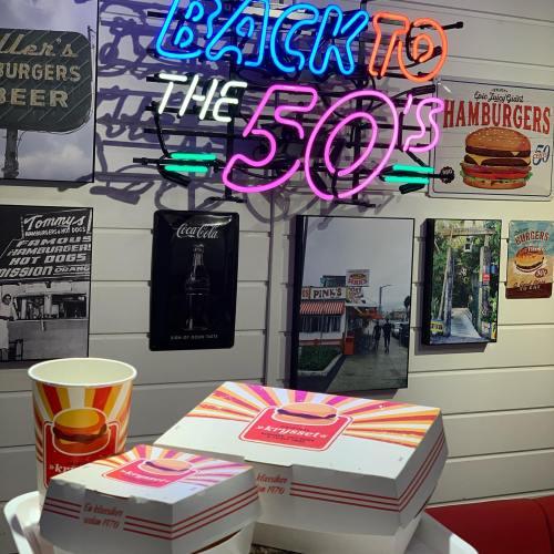 Back to the 50's at Krysset ? #krysset #xgrillen