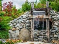 retaining wall with waterfall