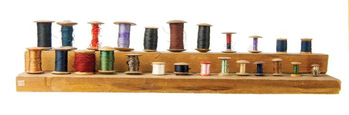 Lot 59: Double Tier Spool Holder with Spools