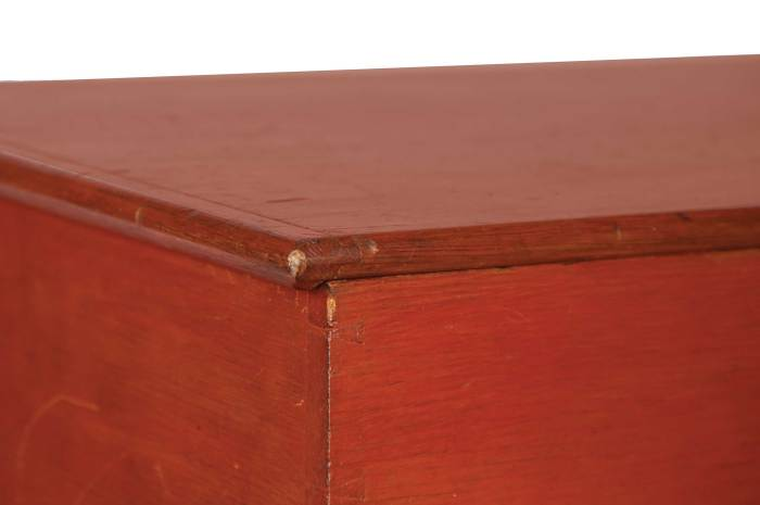 Lot 80: Storage Box