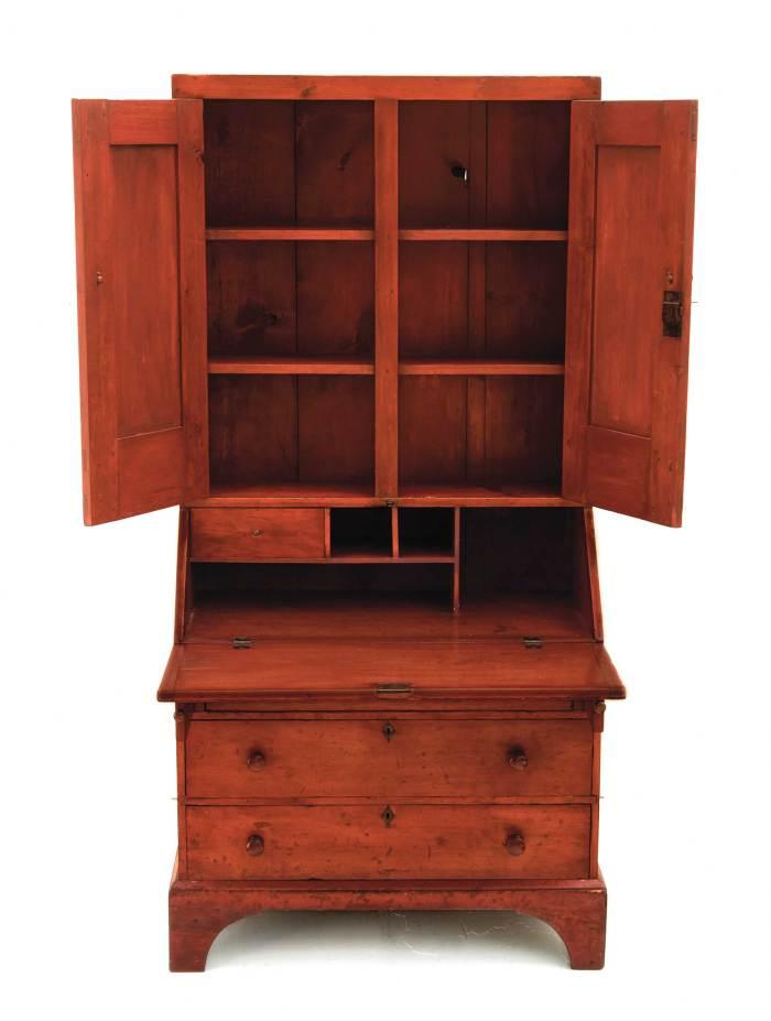 Lot 84: Trustee's Desk