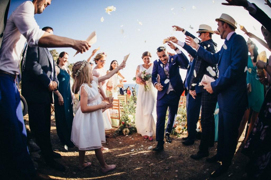 boda acantilado menorca mallorca ibiza formentera boda en la playa fotografia de boda 022