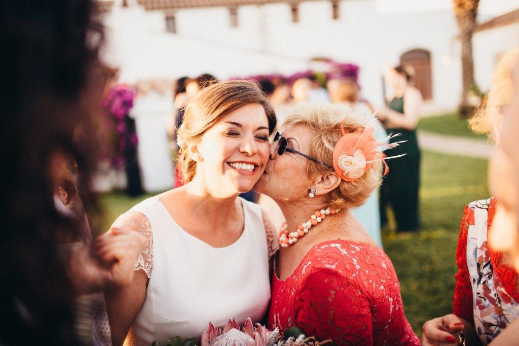 boda acantilado menorca mallorca ibiza formentera boda en la playa fotografia de boda 036