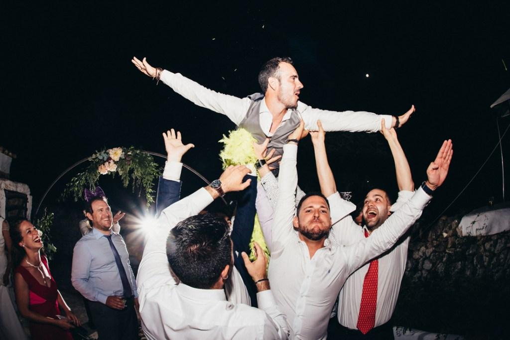 boda acantilado menorca mallorca ibiza formentera boda en la playa fotografia de boda 046
