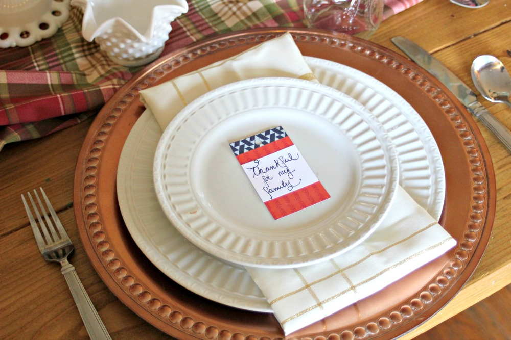 Simple, rustic farmhouse Thanksgiving Table for your holiday entertaining.