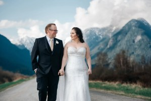 Pitt_lake_wedding_portrait