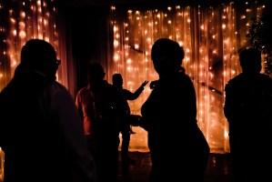 037 - siloette dance floor