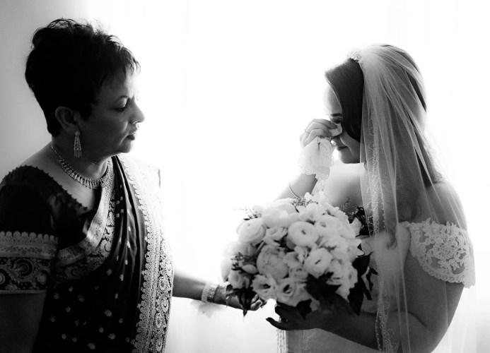 002-bride-getting-ready