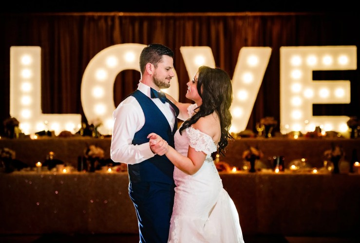 024-wedding-first-dance