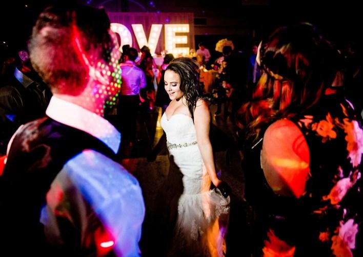 025-wedding-dance-party