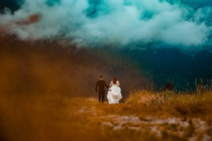 047 - candid mountain wedding