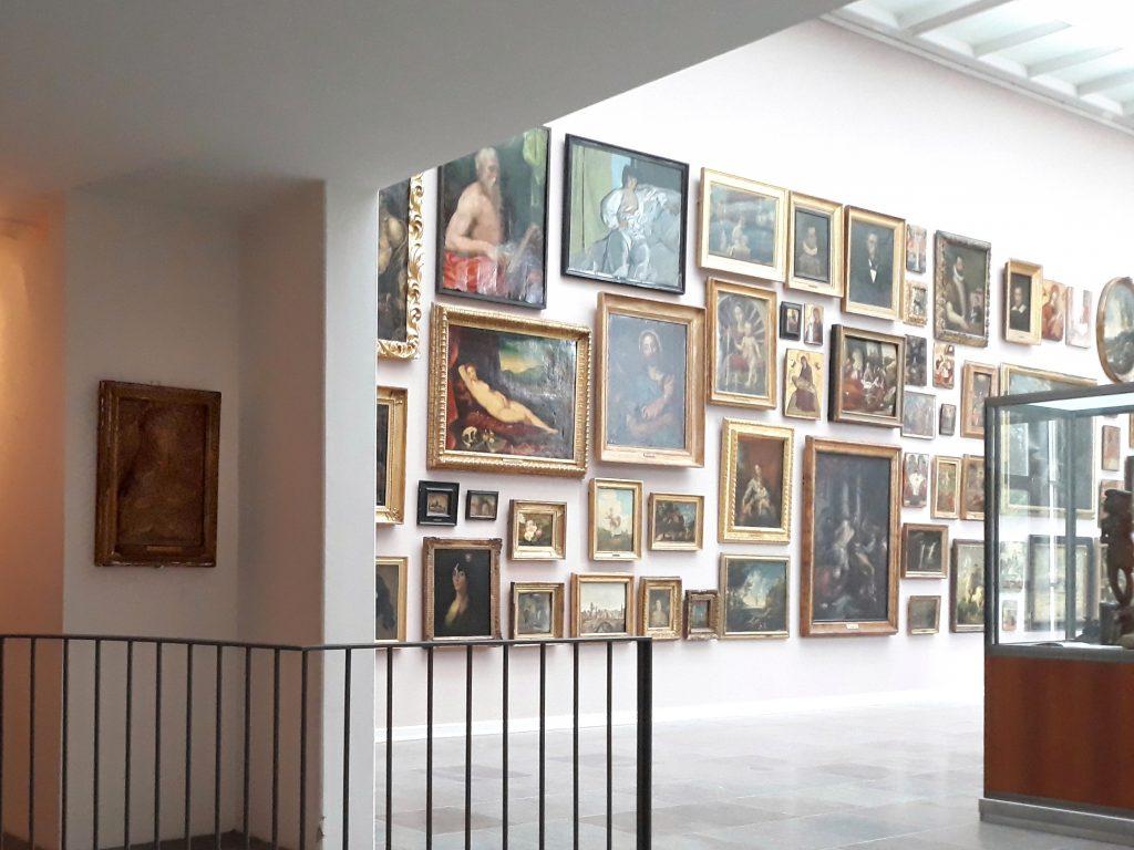 Kom tæt på Willumsens private kunstsamling