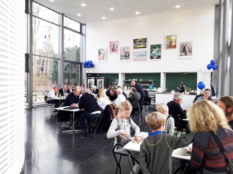 Fællesspisning i caféen på Willumsens Museum