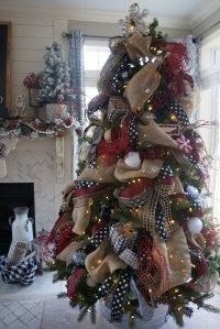 My Buffalo Check Inspired Christmas Living Room. Learn how ...