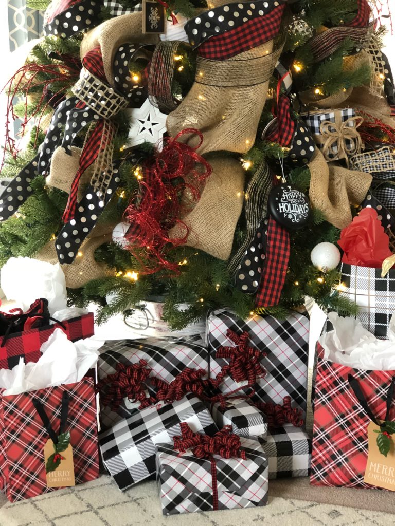 Easy Christmas gift wrap trick How to have beautiful and