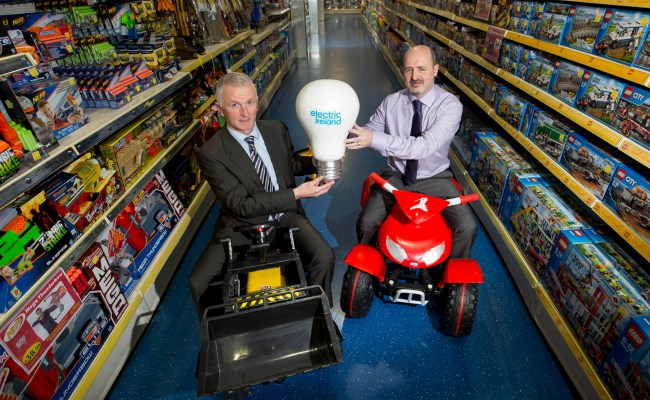 Electric Ireland Wins All Ireland Contract With Smyths