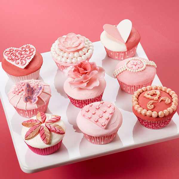 Soft And Sophisticated Valentines Day Cupcakes Scene Wilton