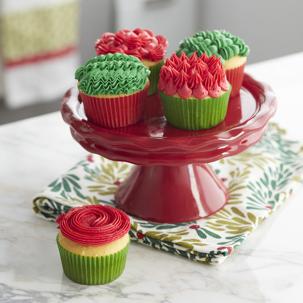 Christmas Cupcakes with Festive Icing  Wilton