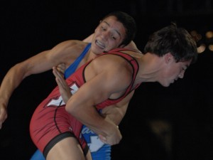 Aaron Pico (left) defeated Cody LeCount in winning the 2012 Cadet National freestyle championship.