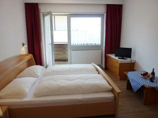 14 - Appartement Windisch - camera da letto e soggiorno