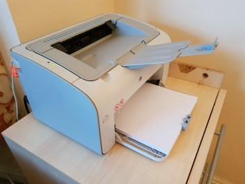 "This is what an ""old but good"" printer looks like"