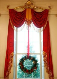 Holiday Window Decorating Ideas For Your Home