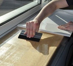 Easy-clean gloss laminate