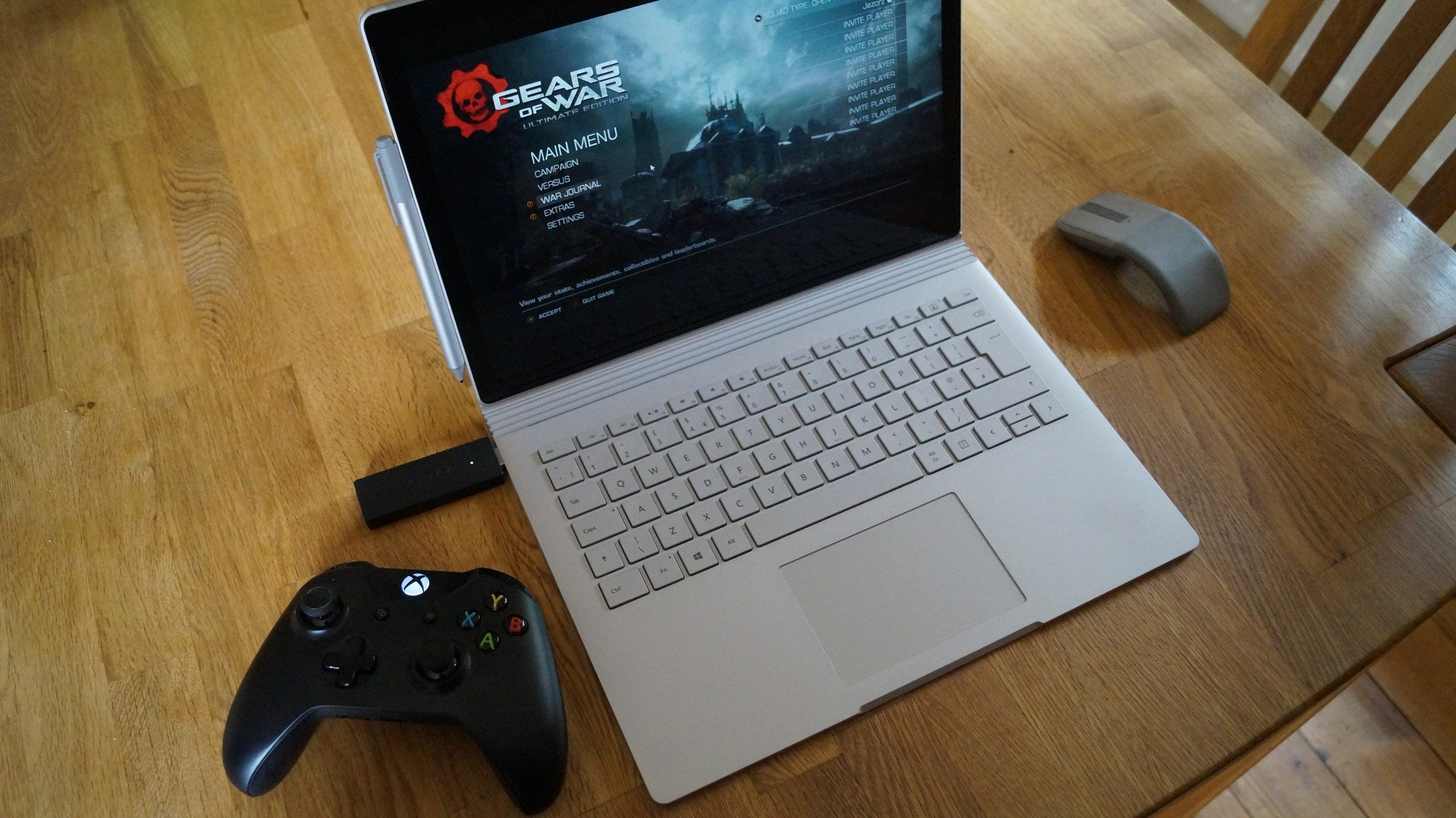 How To Pair A Wireless Xbox Controller With Your Xbox One Xbox One S Or Windows 10 Computer
