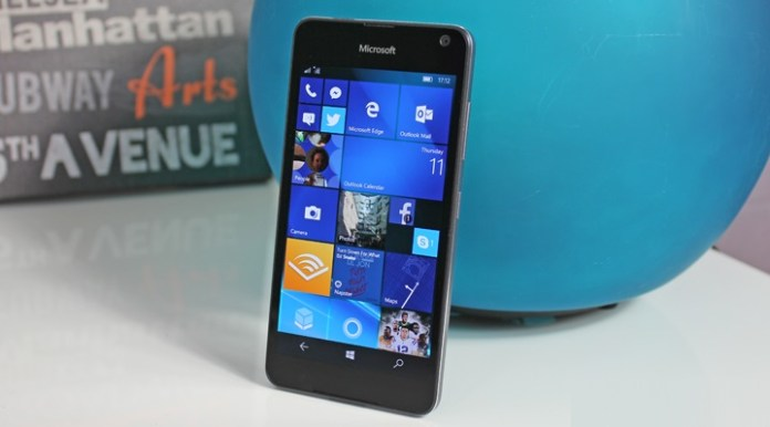 Full Windows 10 OS on Mobile