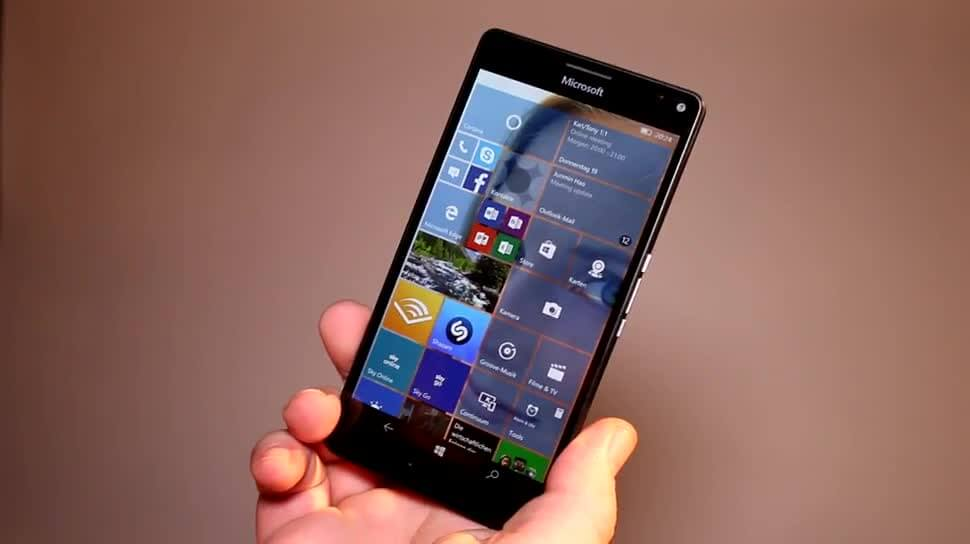 Microsoft exec all but confirms that Windows 10 Mobile is dead