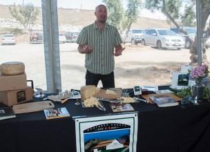 Cheesemaker Beau Schoch, Schoch Family Farmstead. (Edgar Solís)