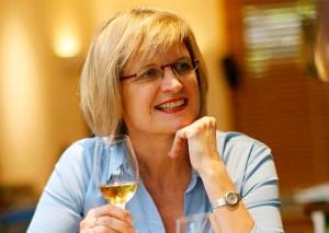 Jancis Robinson   Winepedia