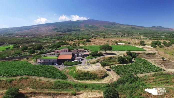 visita cantina cottanera sull'Etna in Sicilia con winerytastingsicily.com