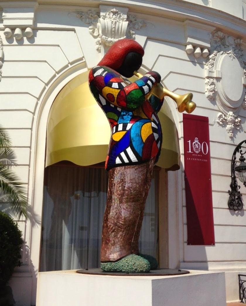 Miles Davis Negreso Statue