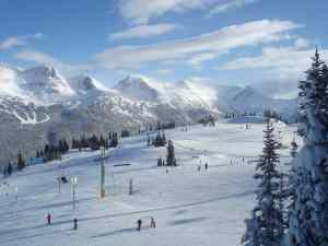 4 Beautiful Places to Ski British Columbia Wine Country in Canada Itinerary | Winetraveler.com