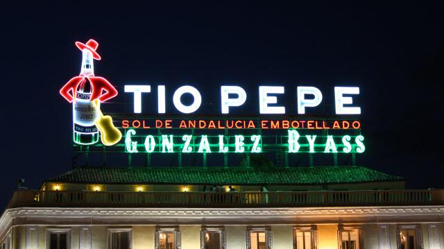 Luminoso_Tio_Pepe