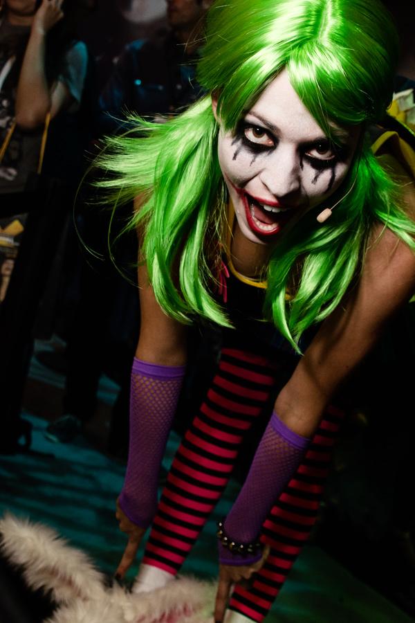 E3 2011 female Joker photo