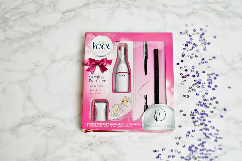 Veet Beauty Styler in Veet and Scholl party perfect Christmas gifts www.wingitwithjade.com