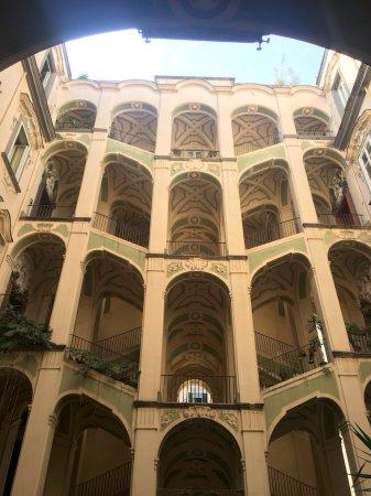 Palazzo dello Spagnulo Rione Sanità